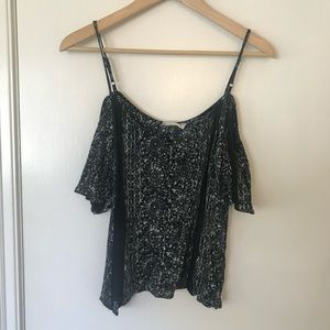 Cold-Shoulder Tank